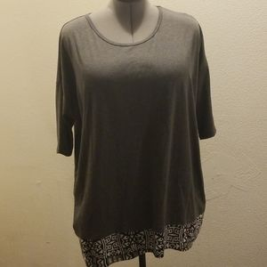 Lularoe tunic size medium